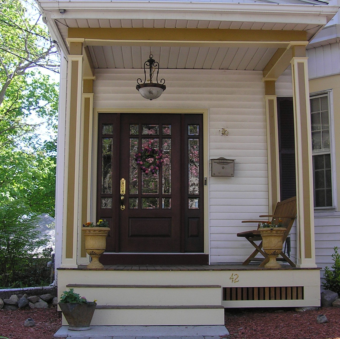 Shut the front door country design home for Country front doors