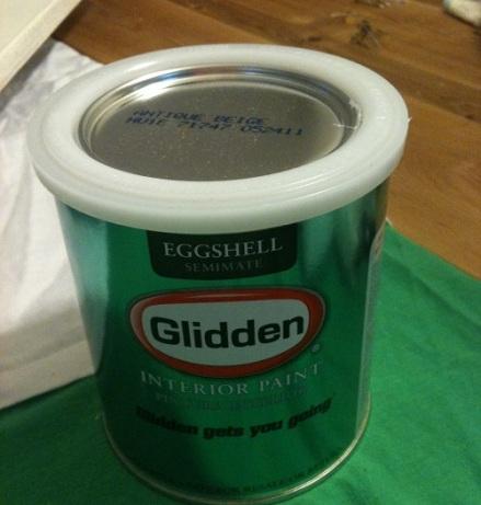 Glidden Antique Beige Can