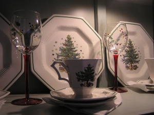 Nikko Christmas Dishes