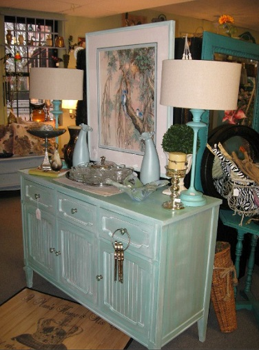 Newburyport Vintage Chic Boutique