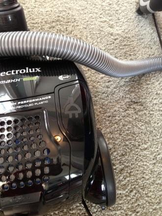 Electrolux Retractable Cord