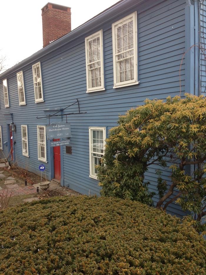 Benjamin Moore Hartshorne House Exterior