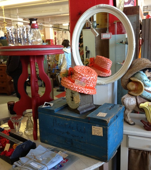 Vintage Thymes Monthly Market