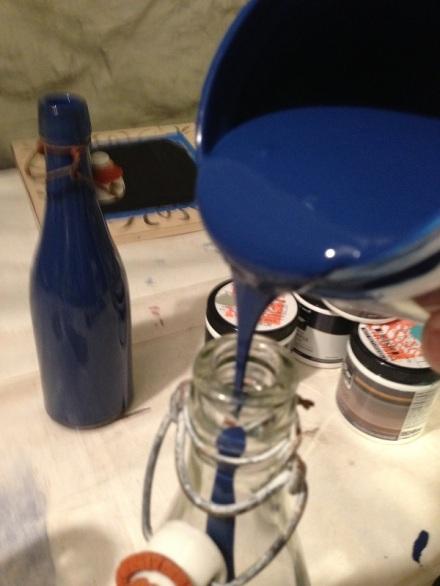 Bottles Navy Pour