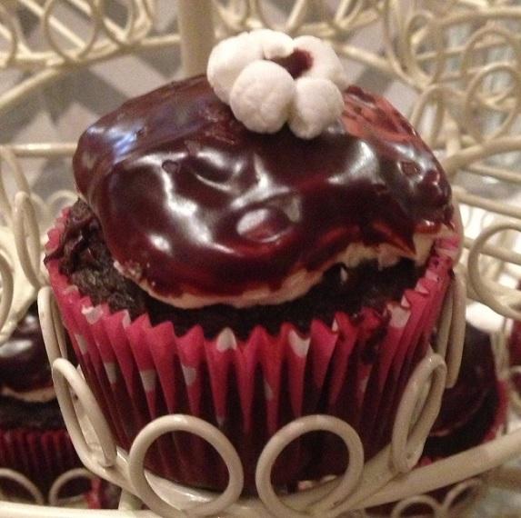 Chocolate Caramel Sea Salt Cupcakes