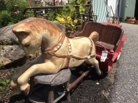 Flowerbed Farm Antiques Horse