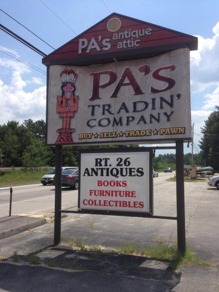 Pa's Tradin Company Sign