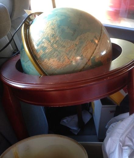 Stand Globe in Car