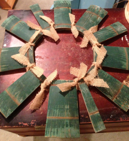 Barrel Wreath Burlap Bows
