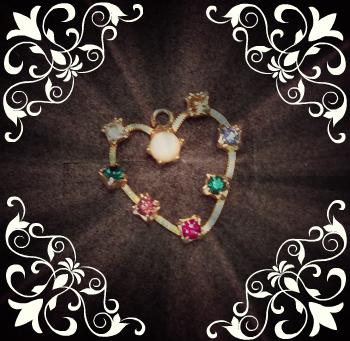 Vintage Gold Heart Pendant