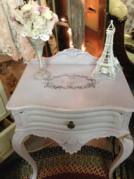 Vintage Thymes Lavender Table
