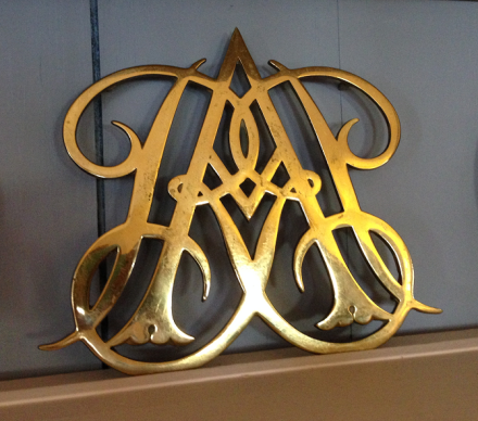 William and Mary Trivet