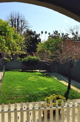 Pasadena Porch Yard