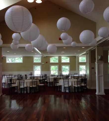Bay Pointe Club Bubble Room