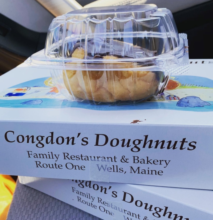 This image has an empty alt attribute; its file name is congdons-donuts.jpg